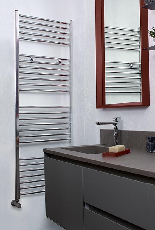 https://www.radiatori2000.it/wp-content/uploads/2017/02/Classic-al-bath-Calorifero-in-alluminio-per-il-bagno.jpg